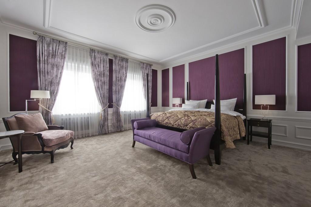 hotel dangle 2-301-Thorvaldsen