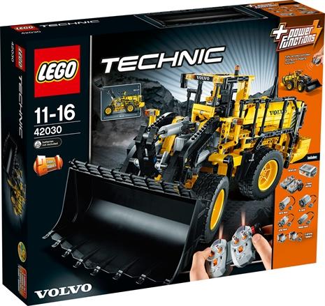 lego-technic-fjernstyrt-volvo-l350f-hjullaster