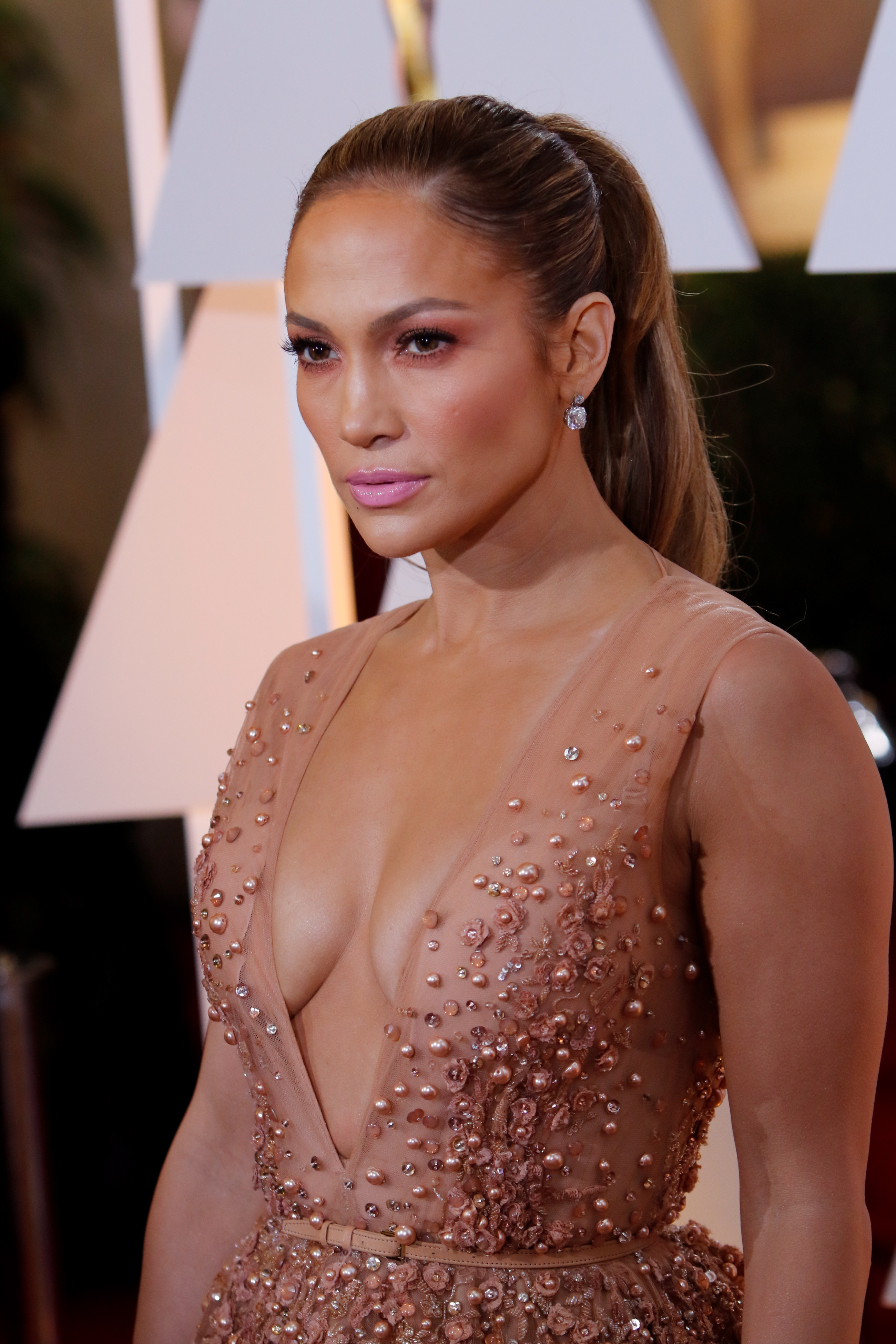 Actress Jennifer Lopez attends the 87th Academy Awards, Oscars, at Dolby Theatre in Los Angeles, USA, on 22 February 2015.