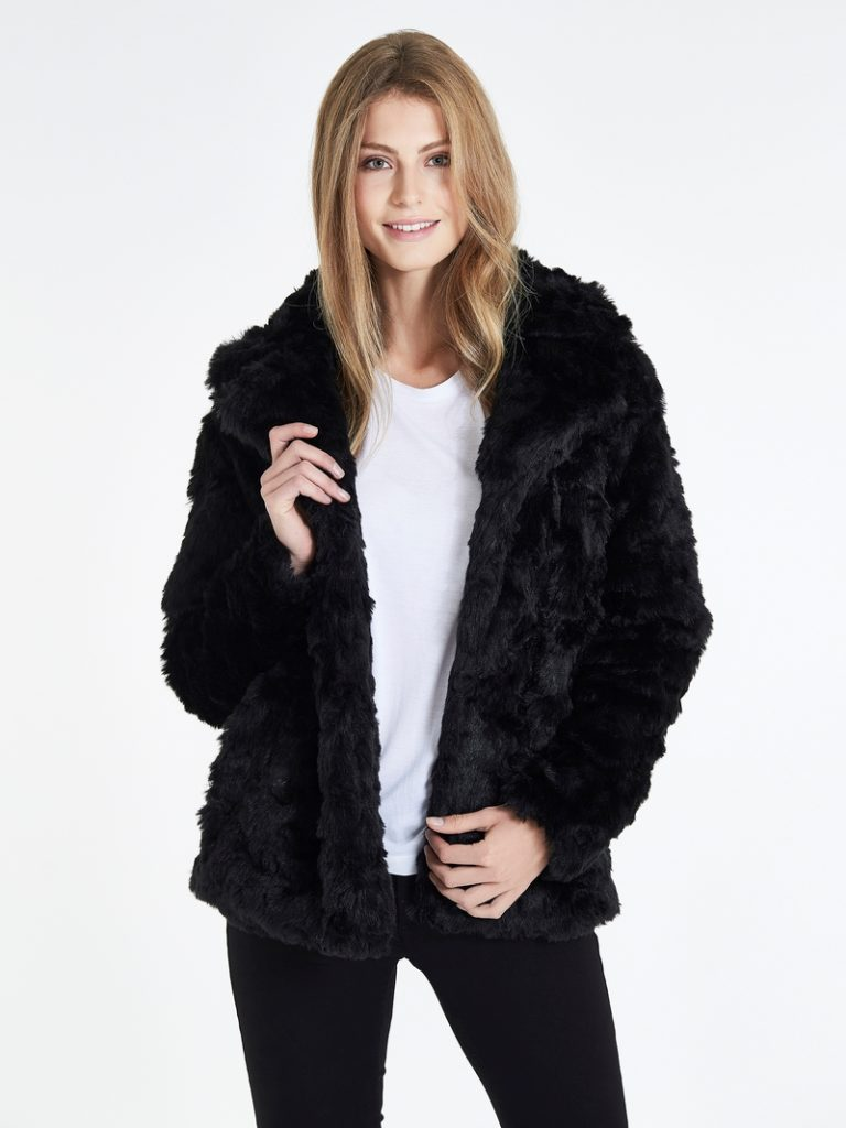 webmodell10878_modellfoto140916